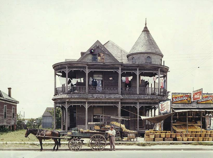 A detailed filled house and fruit stand from 1943 Houston, Texas.