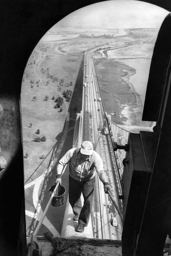 The Bronx-Whitestone Bridge got a fresh coat of paint in 1953. (Photo credit- Ernie Sisto:The New York Times)